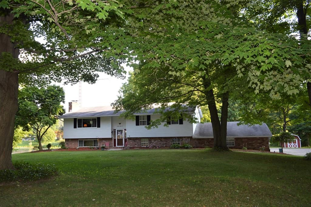 2066 Mansfield Lucas Rd, Mansfield, OH 44903