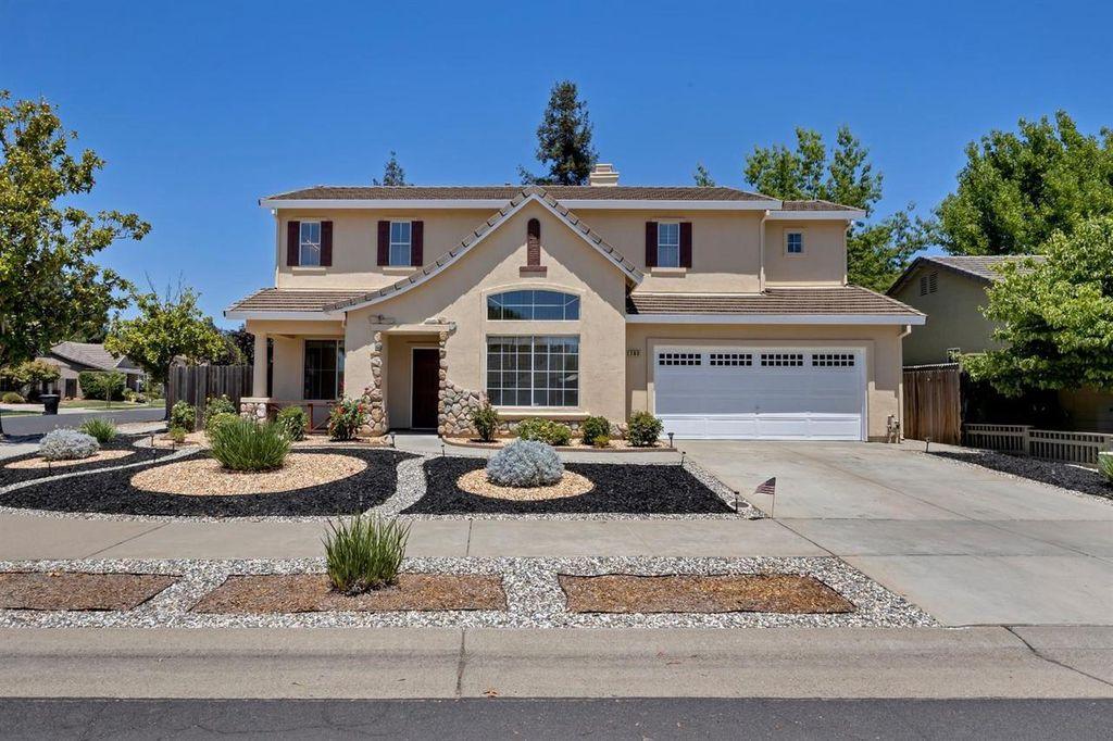 280 Summer Grove Cir, Roseville, CA 95678
