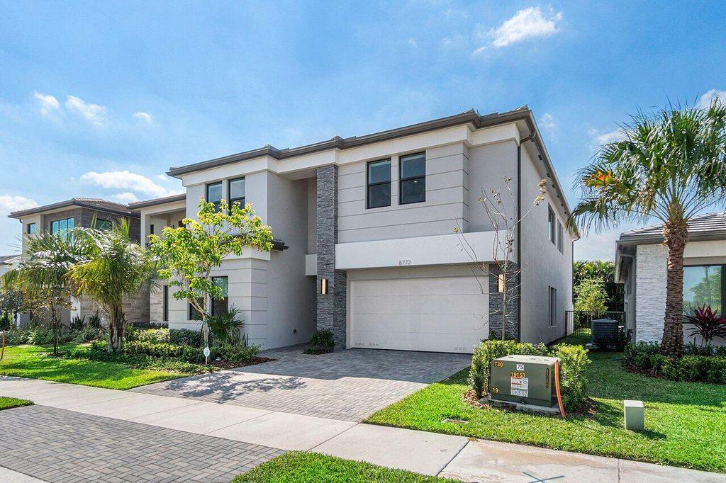 8772 Quiet Inlet Ln, Boca Raton, FL 33496