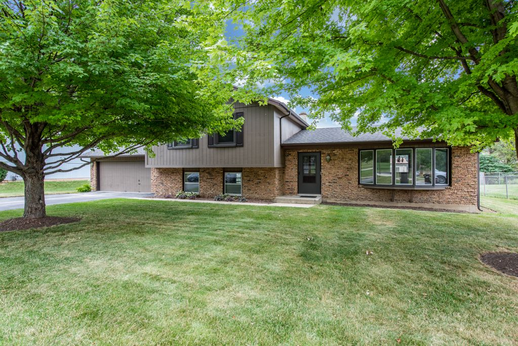 120 N Green St, Mchenry, IL 60050