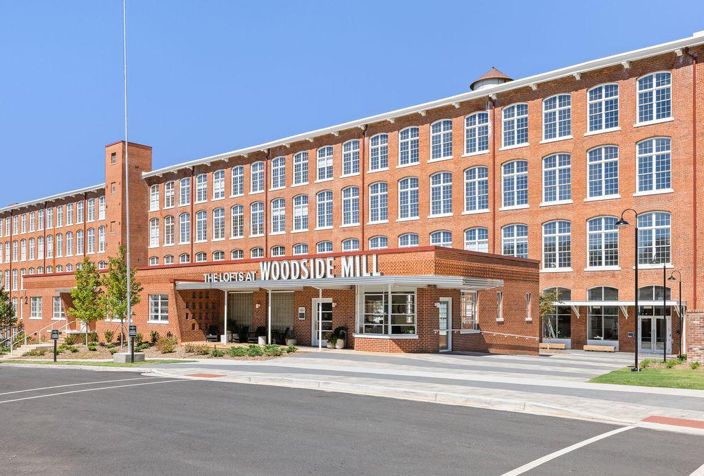 1 E Main St, Greenville, SC 29611
