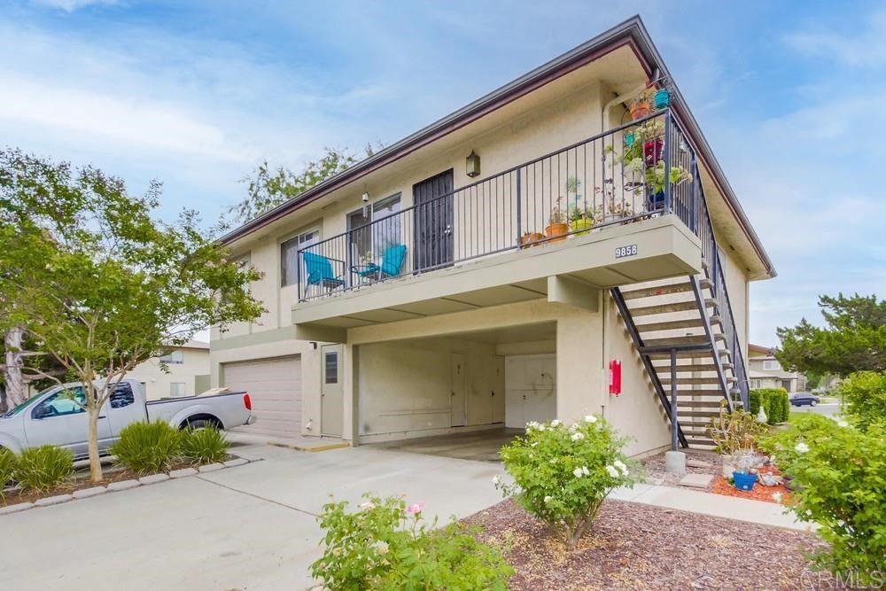 9858 Mission Vega Rd #4, Santee, CA 92071
