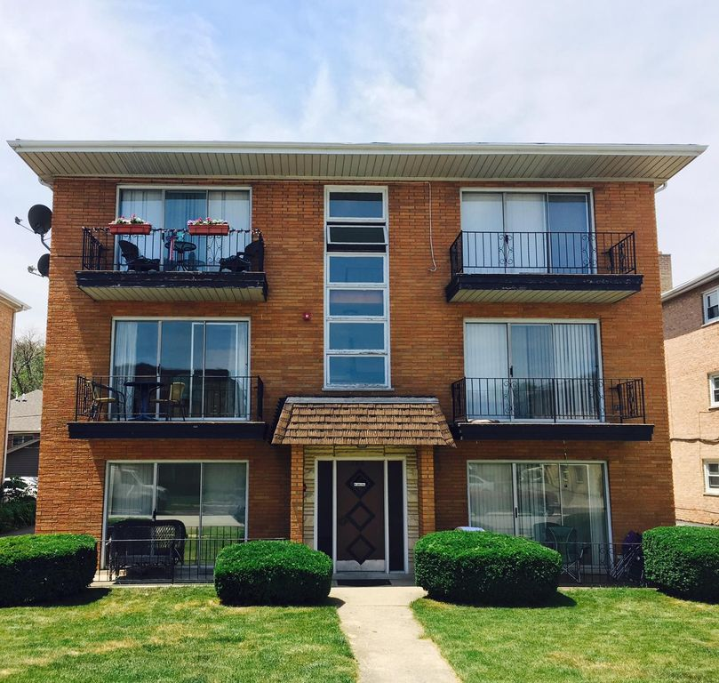 7810 Rutherford Ave #1, Burbank, IL 60459