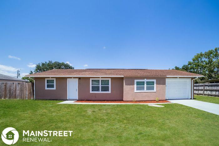 2285 Kent St NE, Palm Bay, FL 32907