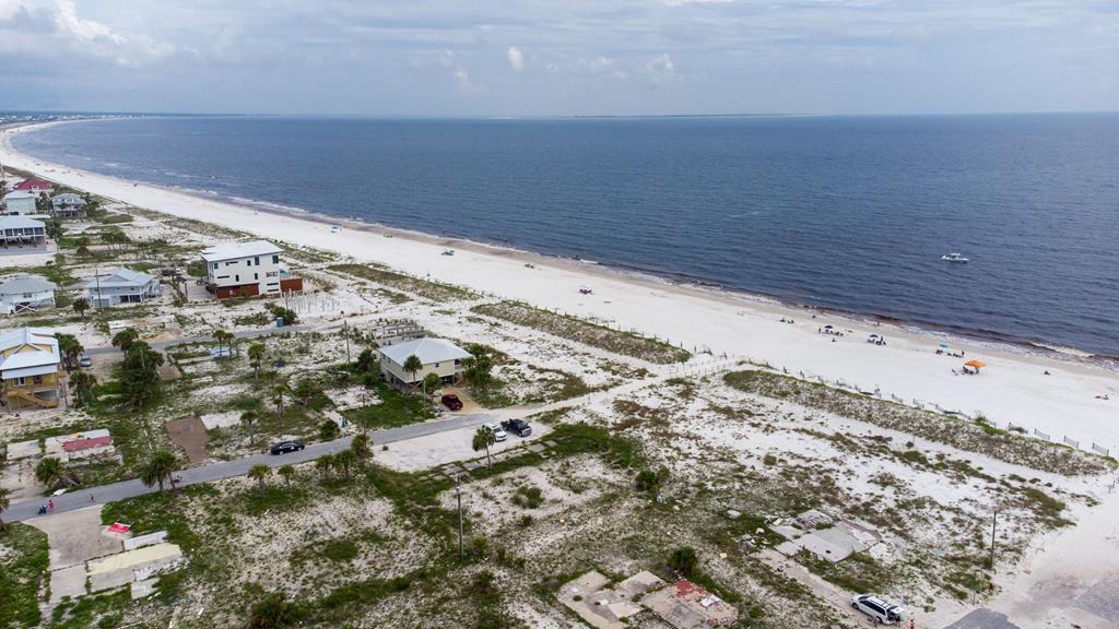 112 32nd St #G, Mexico Beach, FL 32456