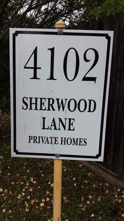 4102 Sherwood Ln #19, Houston, TX 77092