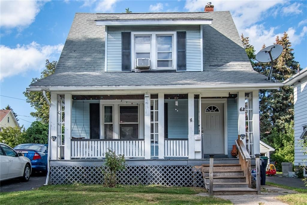 62 Falstaff Rd, Irondequoit, NY 14609