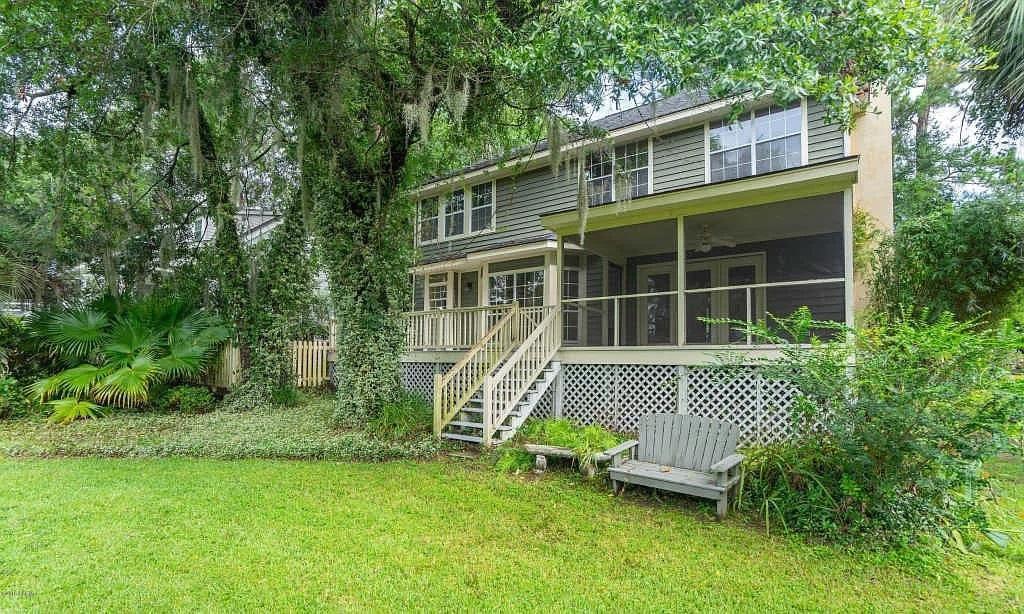 366 Cottage Farm Dr, Beaufort, SC 29902