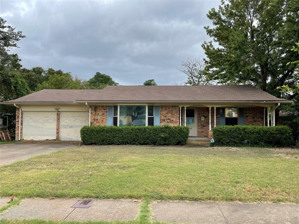 306 Azalea Ln, Duncanville, TX 75137