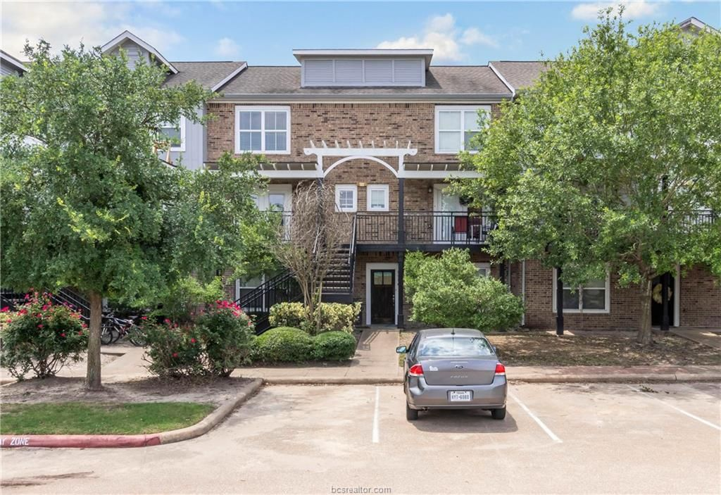 1725 Harvey Mitchell Pkwy S #1927, College Station, TX 77840