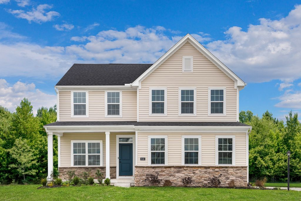 Columbia (Included Finished Basement) Plan in Windsor Estates, Middletown, OH 45044