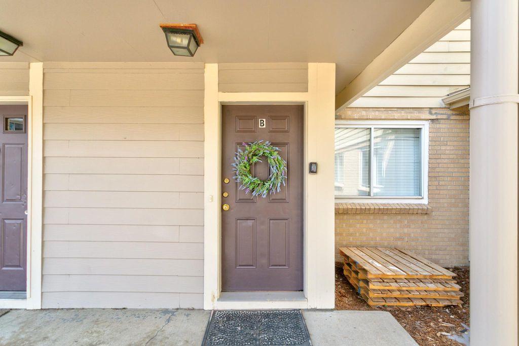 1145 Rosemary St #102B, Denver, CO 80220