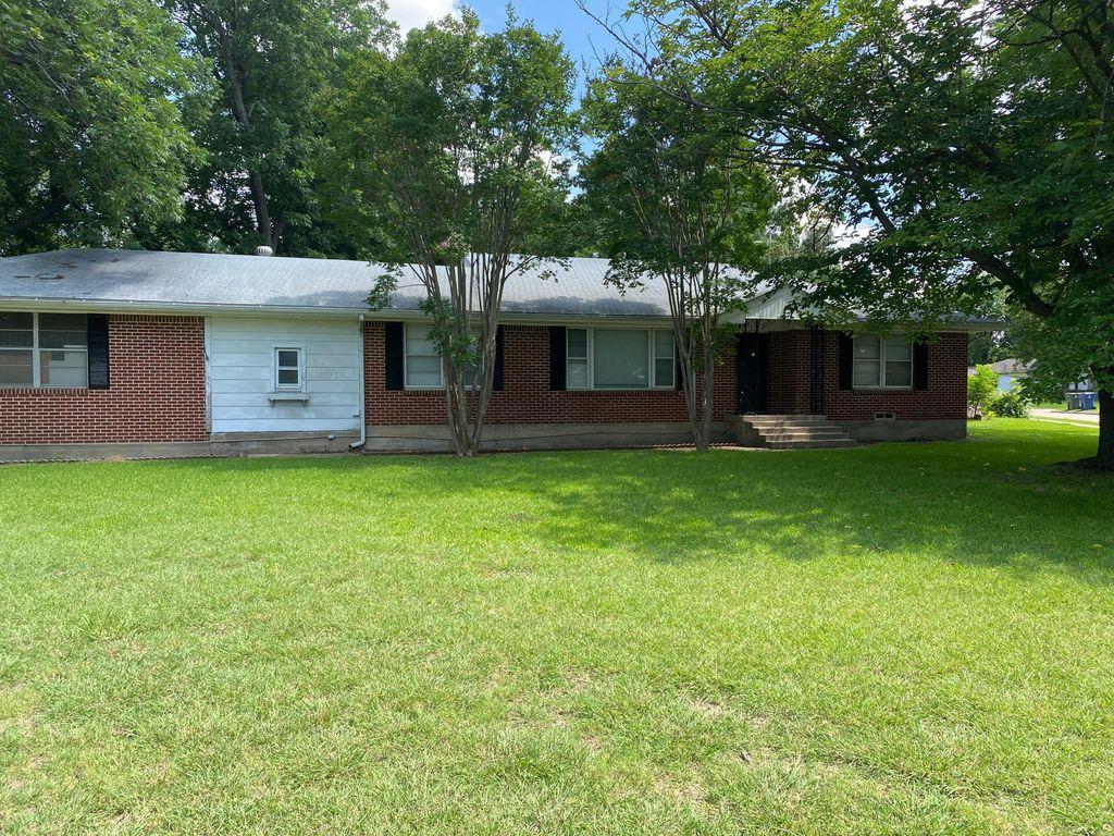 2077 Sunnybrook Ln, Garland, TX 75041