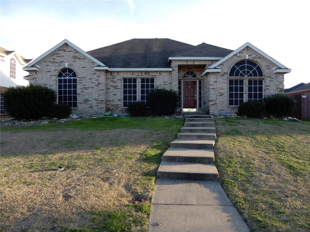 1712 Wylie Creek Dr, Desoto, TX 75115