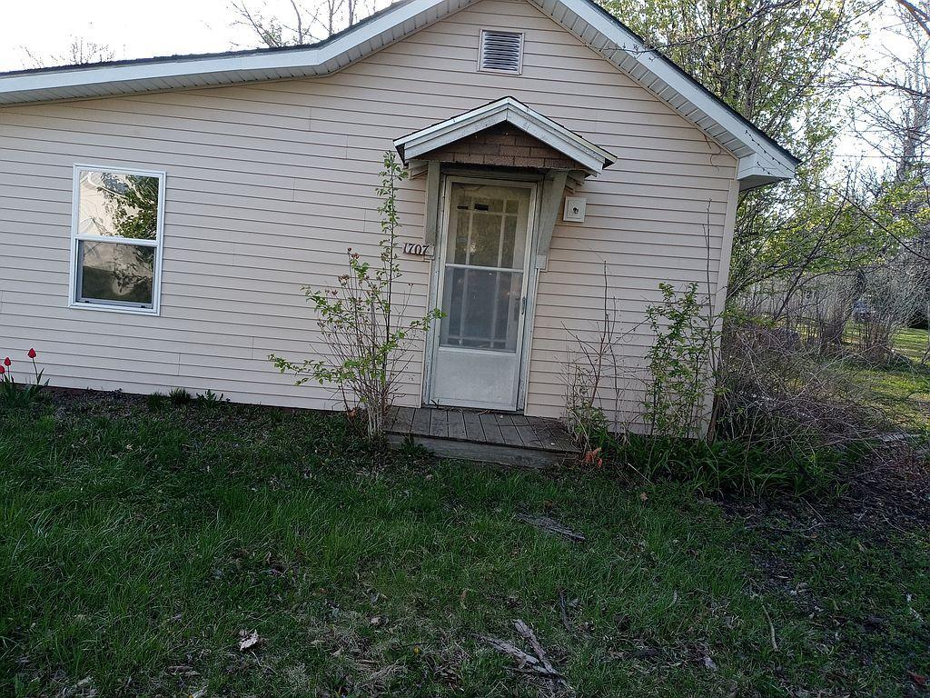 1707 S Still St, Kirksville, MO 63501