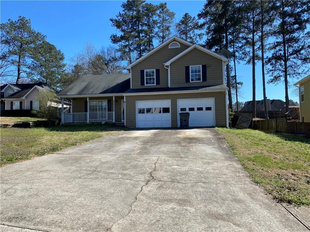 1471 Stonewood Ct, Hampton, GA 30228