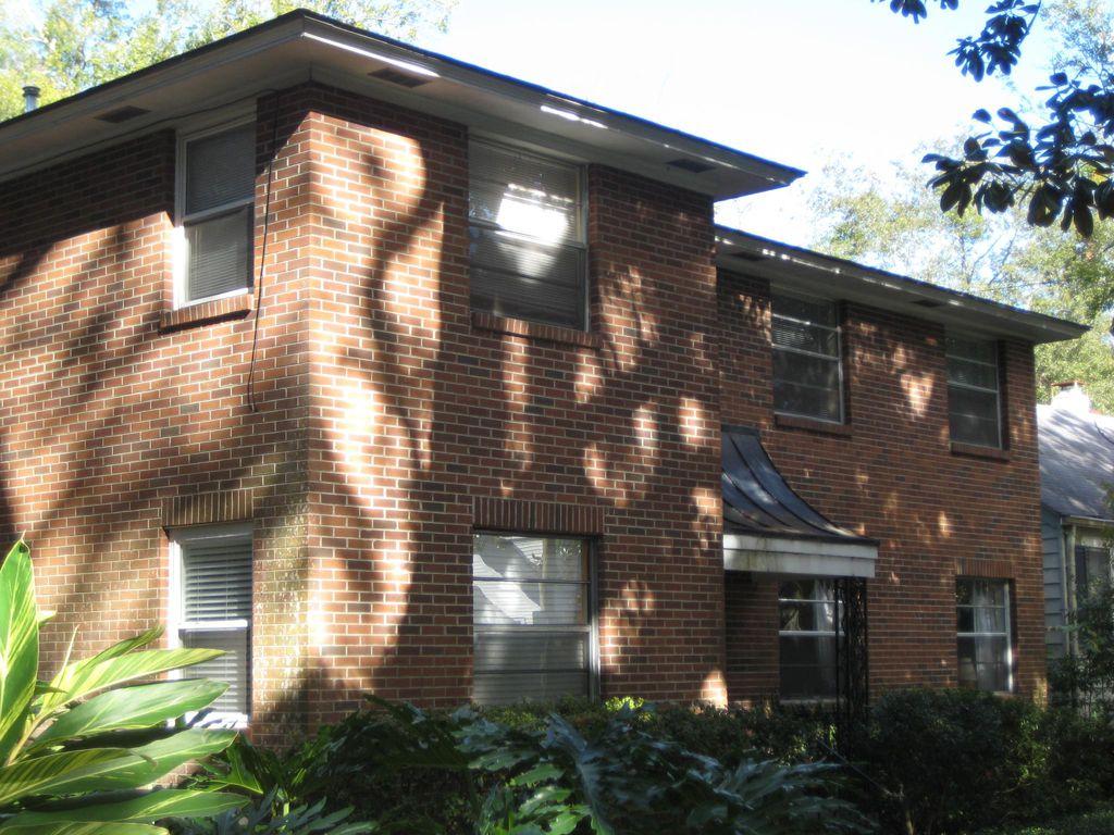 120 E 55th St #4, Savannah, GA 31405