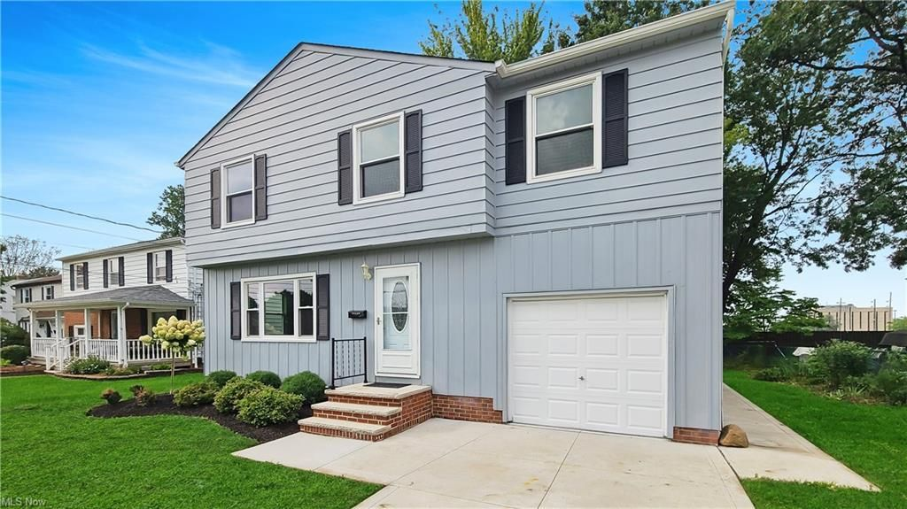 35923 Kilarney Rd, Willoughby, OH 44094