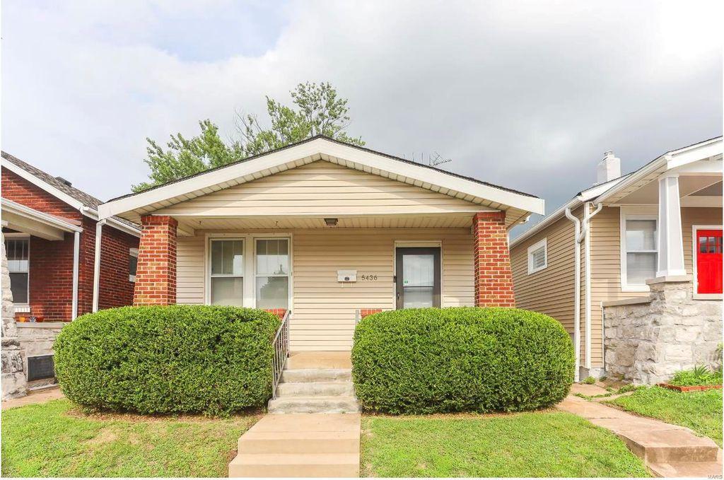 5436 Bates St, Saint Louis, MO 63116