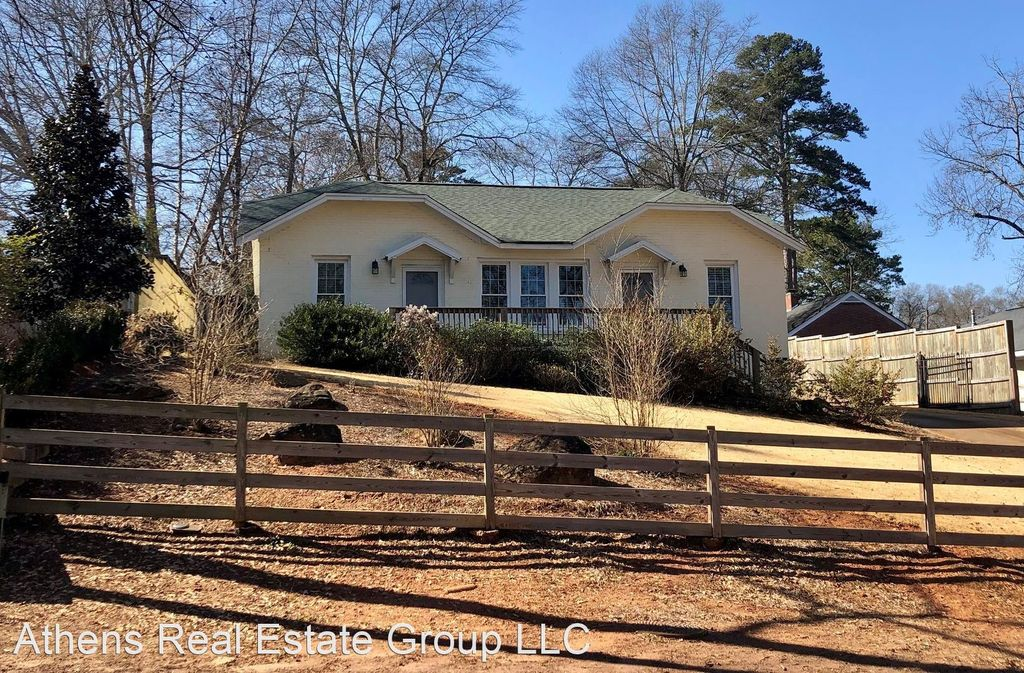 620 Agriculture Dr, Athens, GA 30605