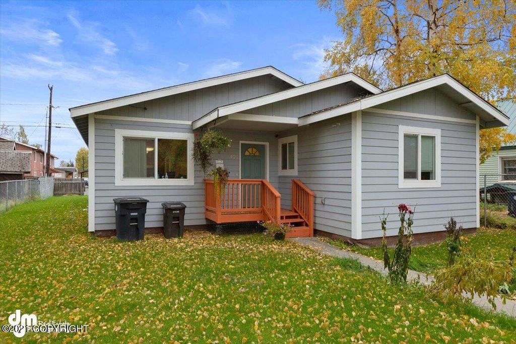 426 N Bliss St, Anchorage, AK 99508