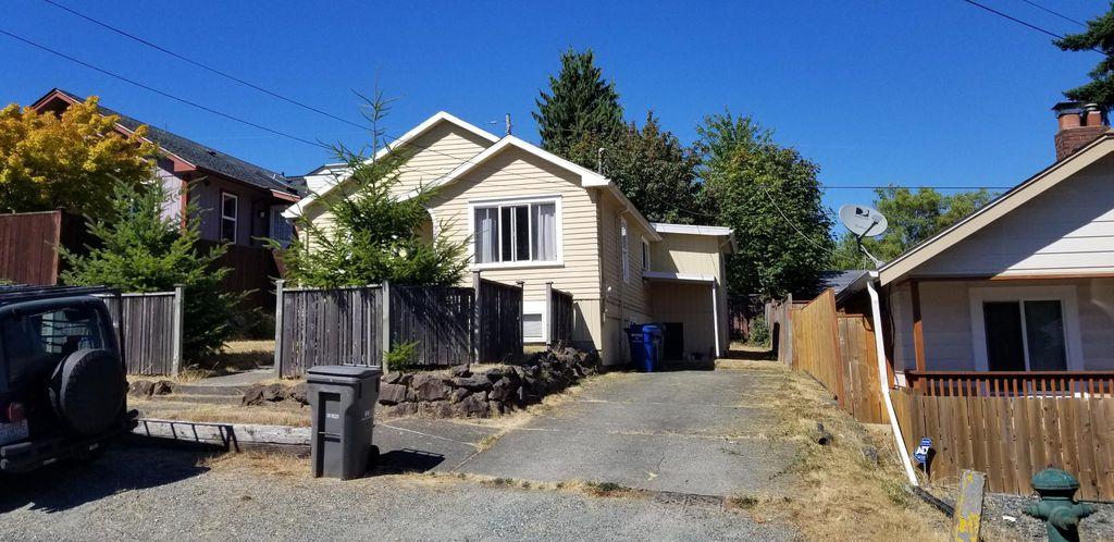 928 N 102nd St, Seattle, WA 98133