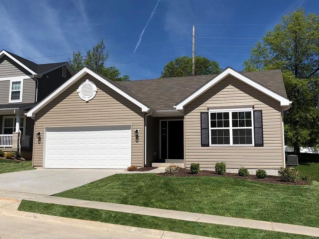 1509 Cascade Ln, Eureka, MO 63025