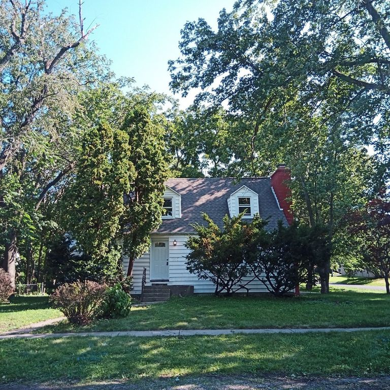 1625 W Clark St, Champaign, IL 61821