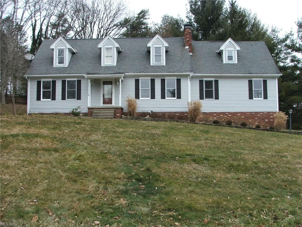 5130 Manchester Dr, Zanesville, OH 43701
