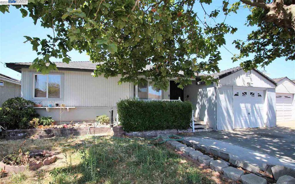 17105 Via Alamitos, San Lorenzo, CA 94580