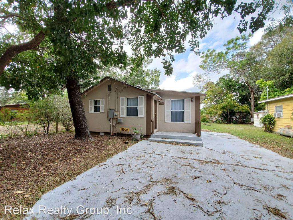 2947 Gillespie Ave, Sarasota, FL 34234