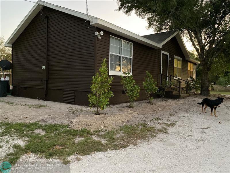 466 Montura Ave, Clewiston, FL 33440
