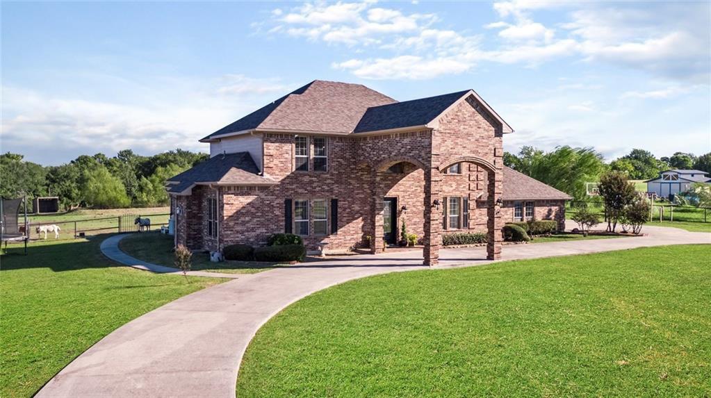 263 Whites Hill Rd, Van Alstyne, TX 75495