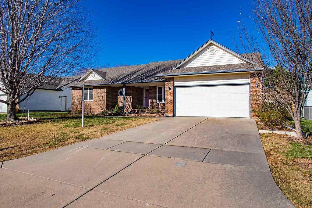 4536 N Westlake Ct, Wichita, KS 67220