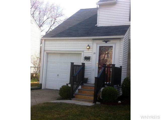 21 Roswell Rd, Buffalo, NY 14215