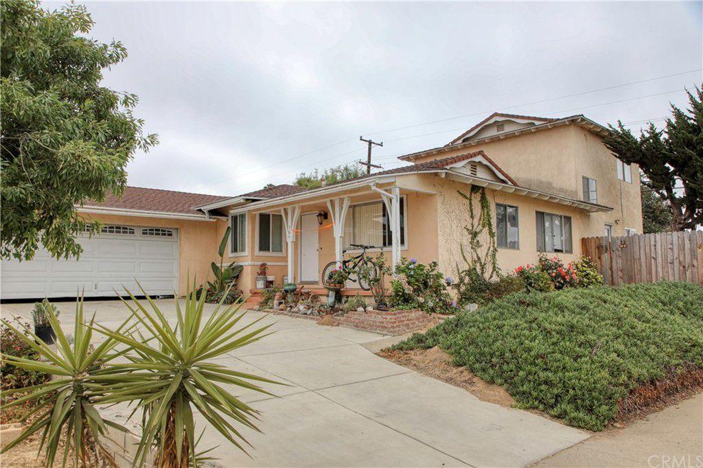 364 Downing Ln, Santa Maria, CA 93455