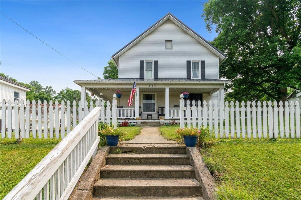 117 W High St, Mount Gilead, OH 43338