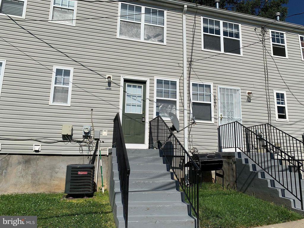 6896 Hawthorne St, Hyattsville, MD 20785