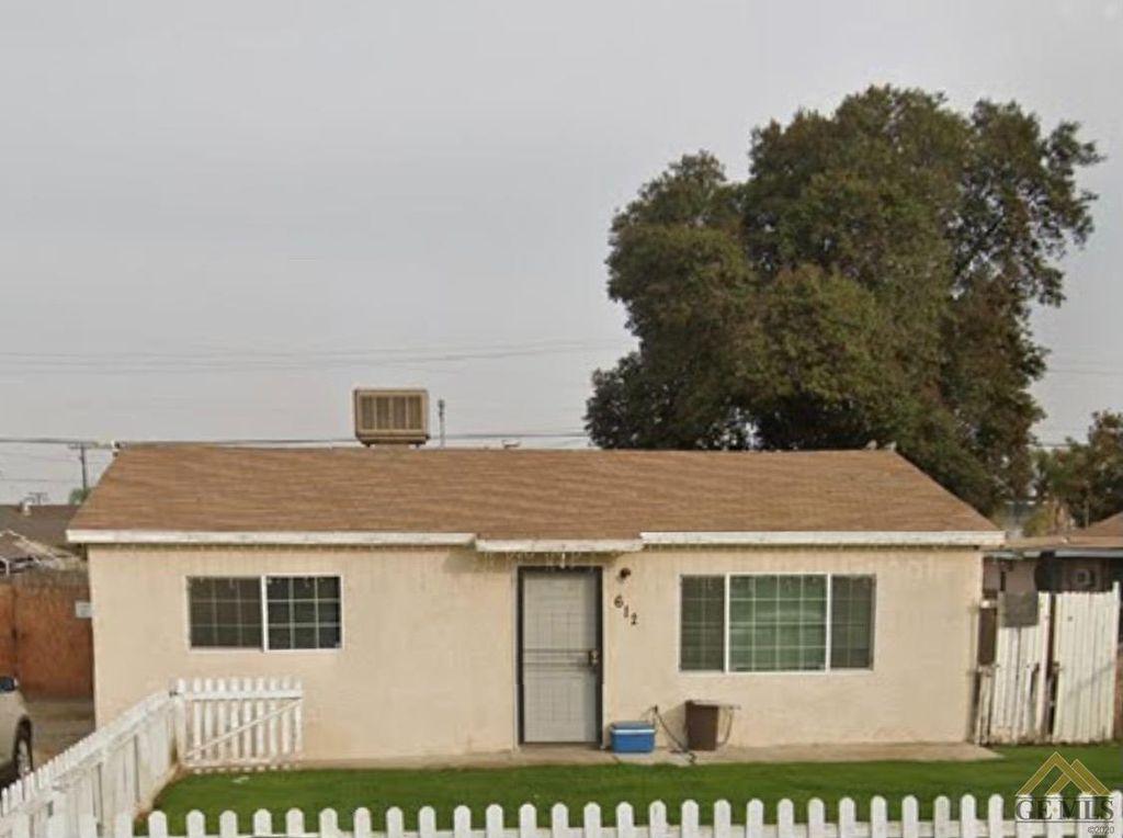 612 Lawson Rd, Bakersfield, CA 93307