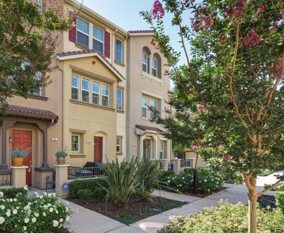204 Sullivan Way, Hayward, CA 94541