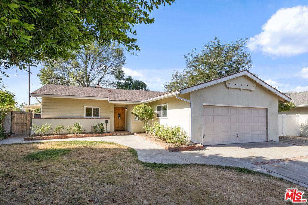 9401 Elsie Ave, Northridge, CA 91324