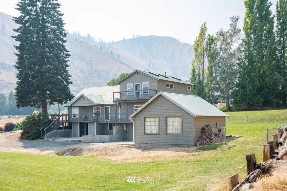 525 Sage Hills Dr, Wenatchee, WA 98801