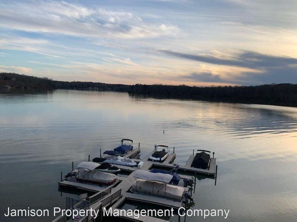 7340 Lakefront Dr #10, Charlotte, NC 28278