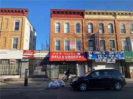 7815 17th Ave #1, Brooklyn, NY 11214