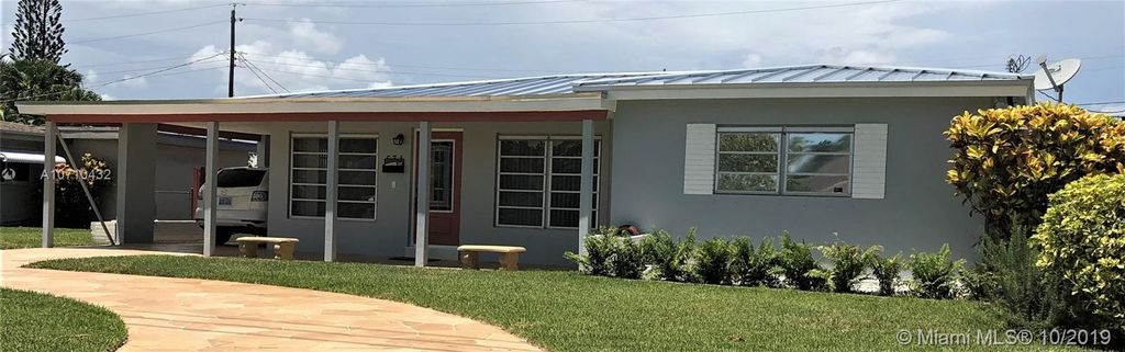 531 NW 38th St, Oakland Park, FL 33309