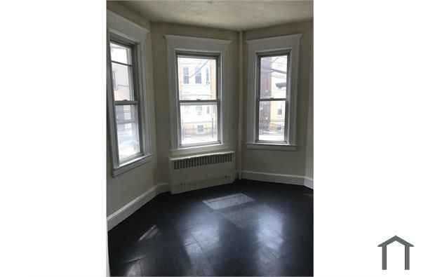 41 Cliff St #4, Yonkers, NY 10701