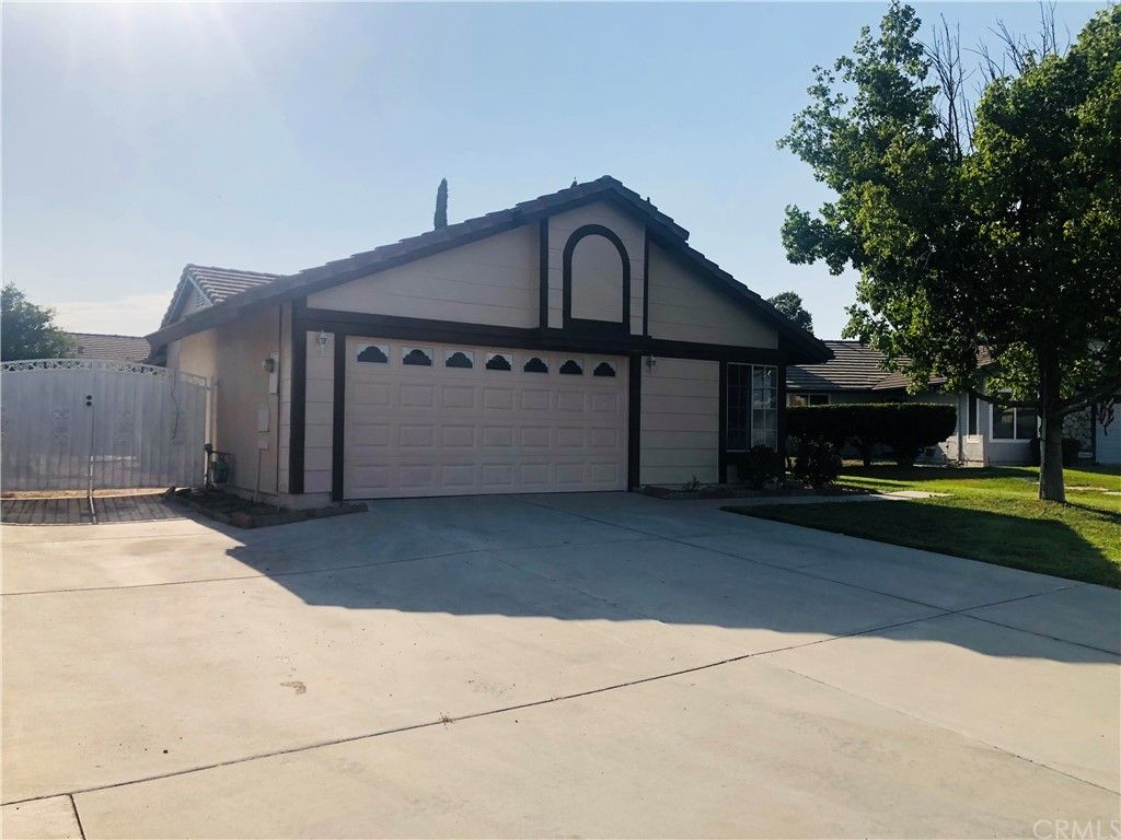 4358 Don Pablo Ct, San Bernardino, CA 92407