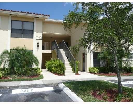 1522 Lake Crystal Dr #H, West Palm Beach, FL 33411
