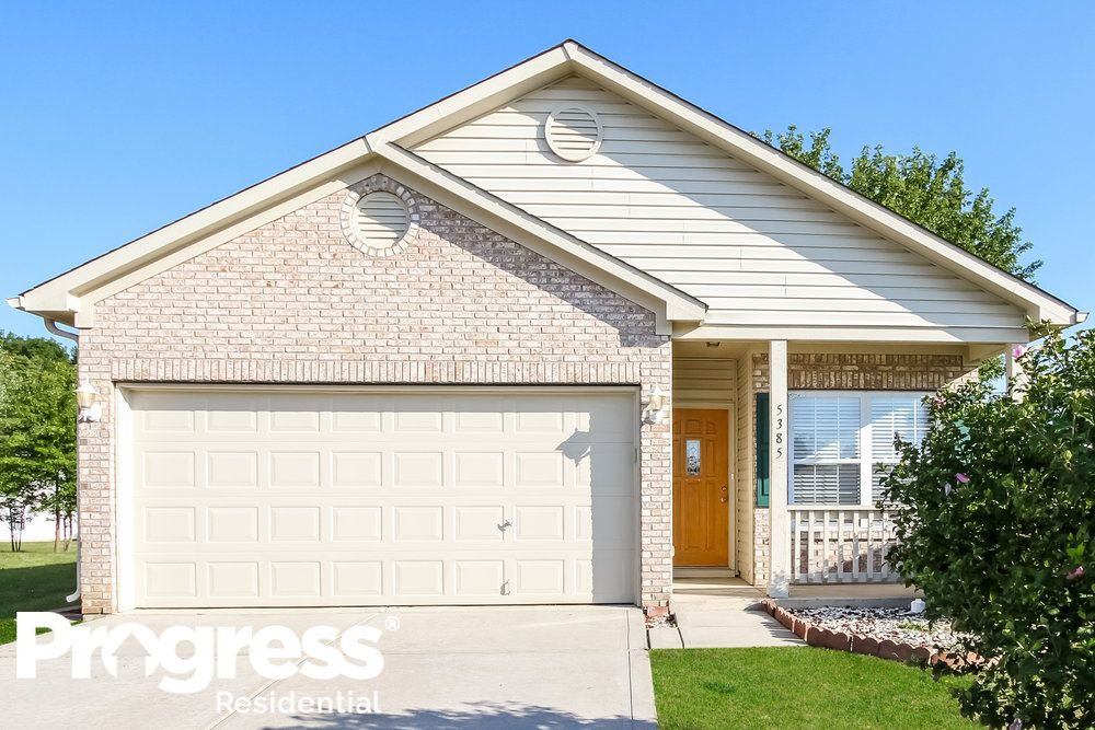 5385 Dollar Forge Ct, Indianapolis, IN 46221