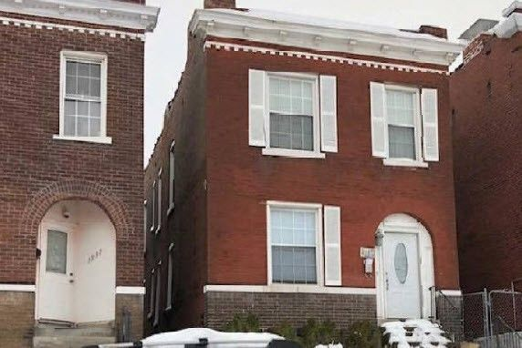 3935 S Compton Ave, Saint Louis, MO 63118
